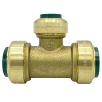"""The Arrowhead Brass RGT75-RS push-fit straight stop valves are lead-free and made of polished chrome. The RGT75-RS is ¾"""" x ¾"""" x ½""""."""